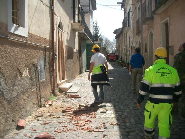 terremoto_laquila_7aprile09-protezione-civile