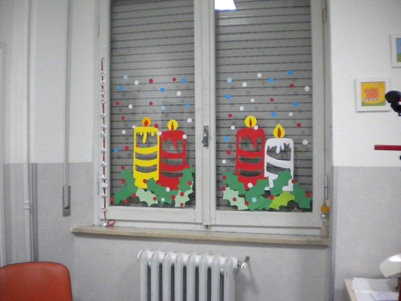 Le decorazioni dei bambini della anna frank nei reparti di pediatria e neonatologia cronache - Decorazioni natalizie finestre ...