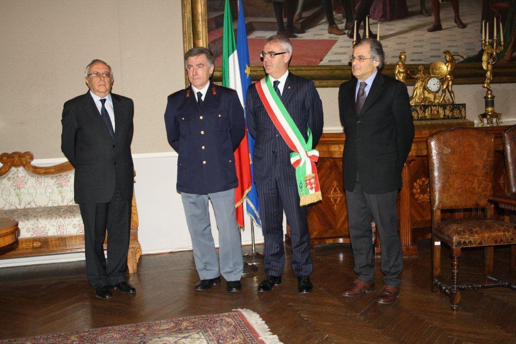 Il sostituto commissario Pietro Antonelli in pensione dopo una lunga ... 1dc5180ef1d7