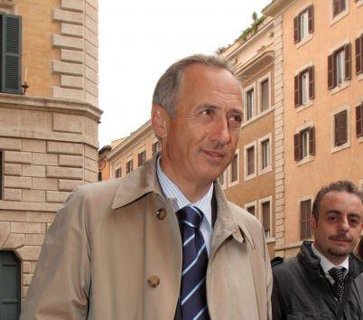 Furti di capodanno ladri a casa del sindaco saltamartini cronache maceratesi - Giorgi casa fallito ...