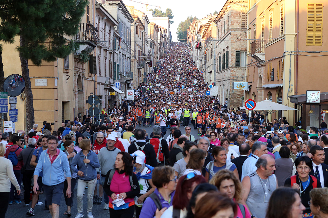 Pellegrinaggio Macerata-Loreto: presentata oggi a Macerata la 38ª edizione