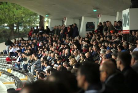 Il pubblico dell'Helvia Recina nella gara contro il Savona