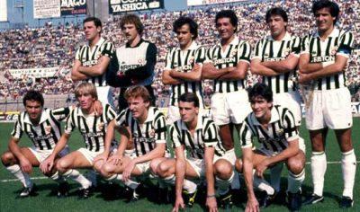 La juve 1984/85 con la maglia Ariston