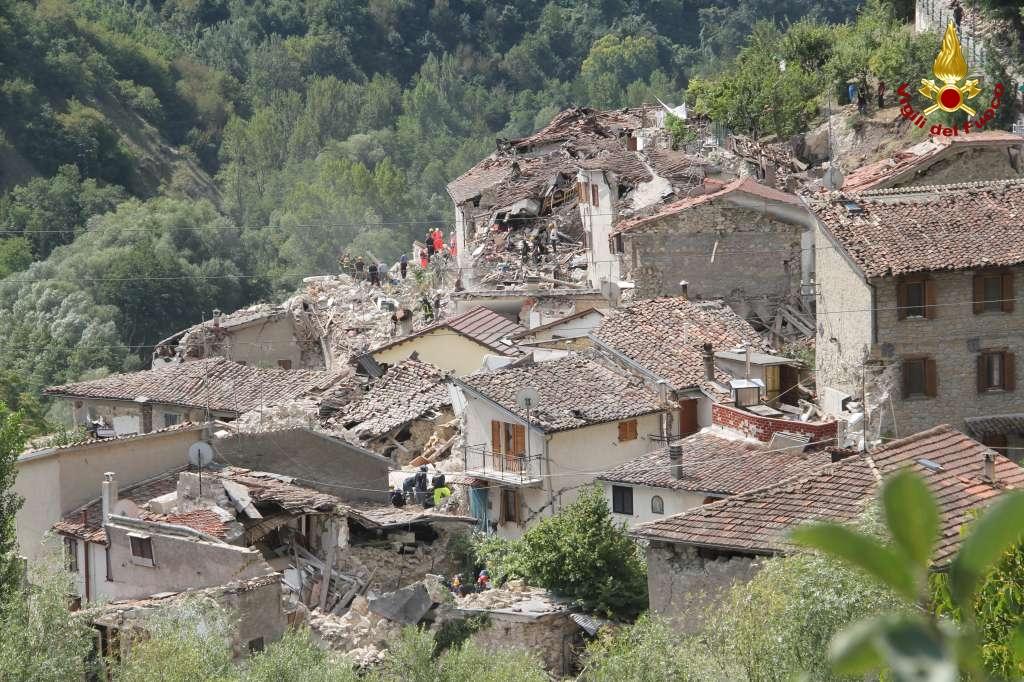 Terremoto in regione: venti vittime ad Arquata e Pescara ...