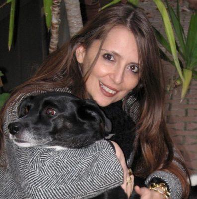 vittori-barbara-insieme-ad-un-cane-nero