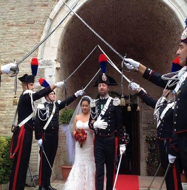 Matrimonio In Alta Uniforme : Matrimonio nell arma il maresciallo temporale ha detto sì
