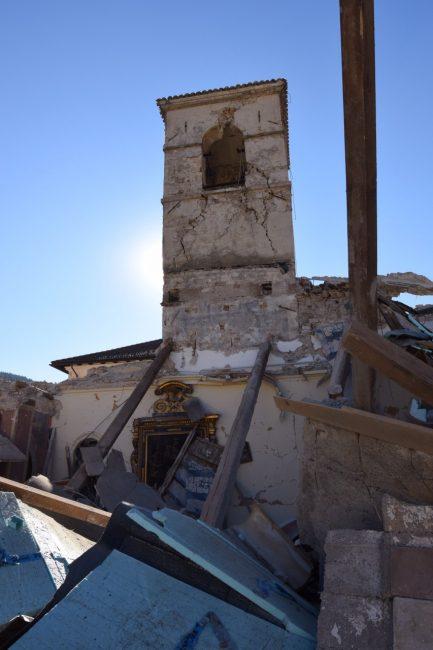 villa_santanatonio_terremoto_30_ottobre_foto_de_marco-11