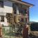 Una casa semi crollata a Penna San Giovanni