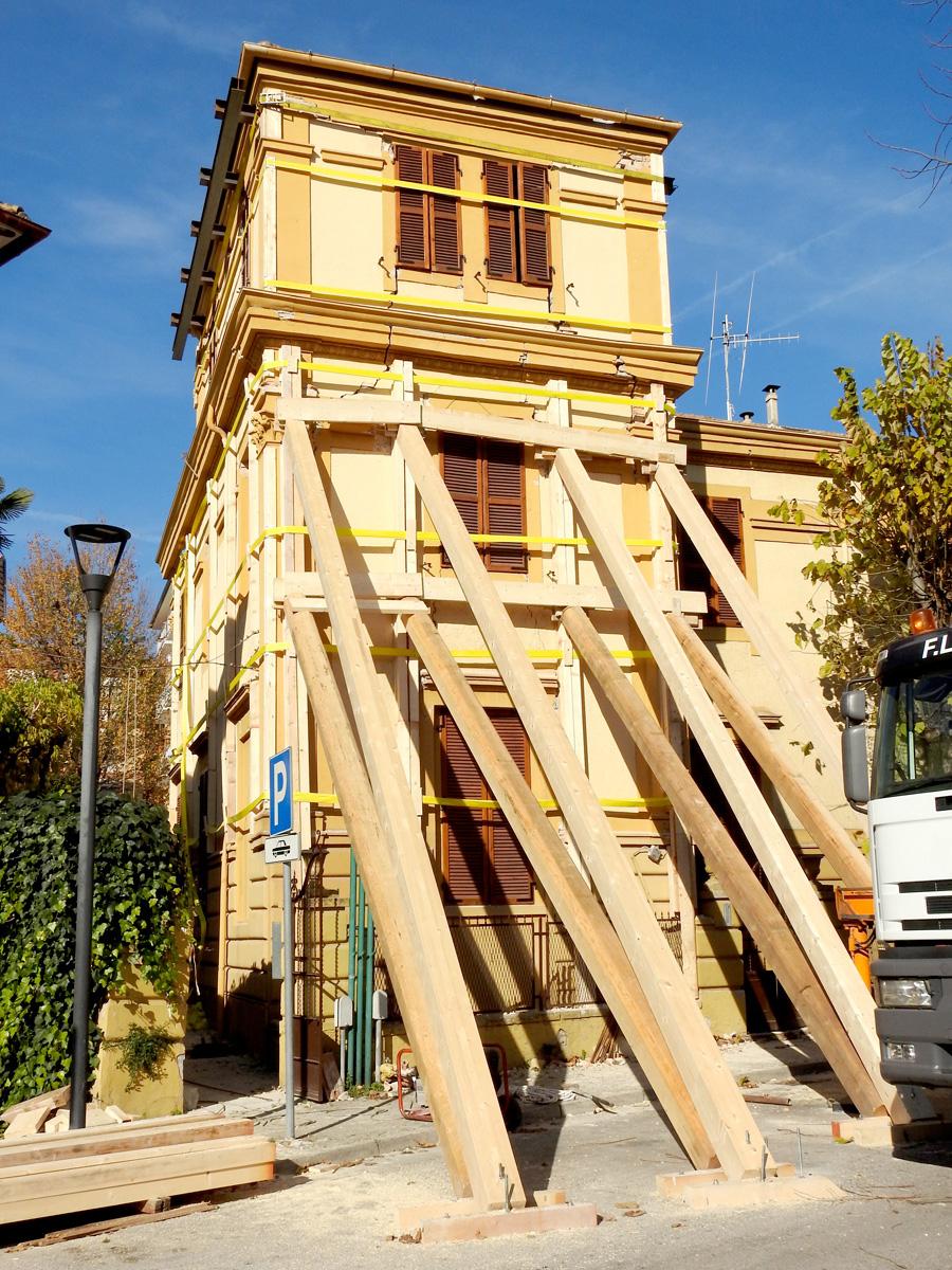 La protezione civile trasloca in viale vittorio veneto for Risparmio casa corridonia