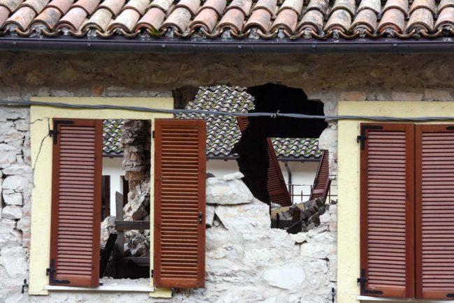 terremoto-zona-rossa-castelsantangelo-sul-nera-3
