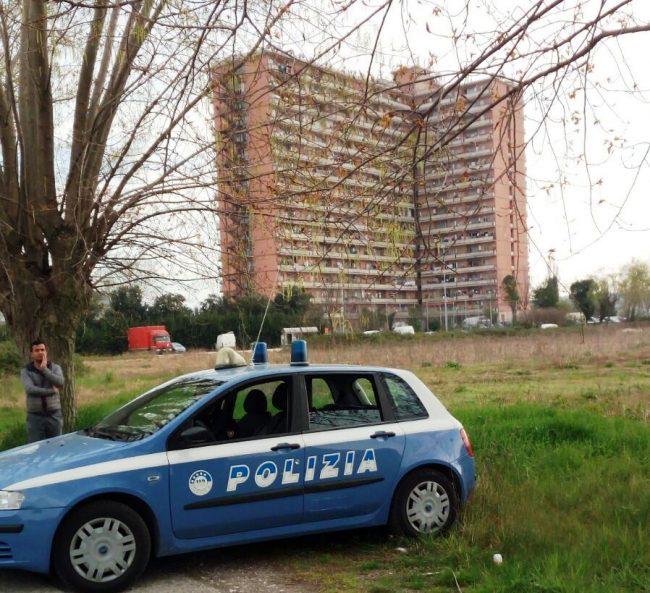Blitz all hotel house in quattro nei guai per spaccio for Spaccio cucine