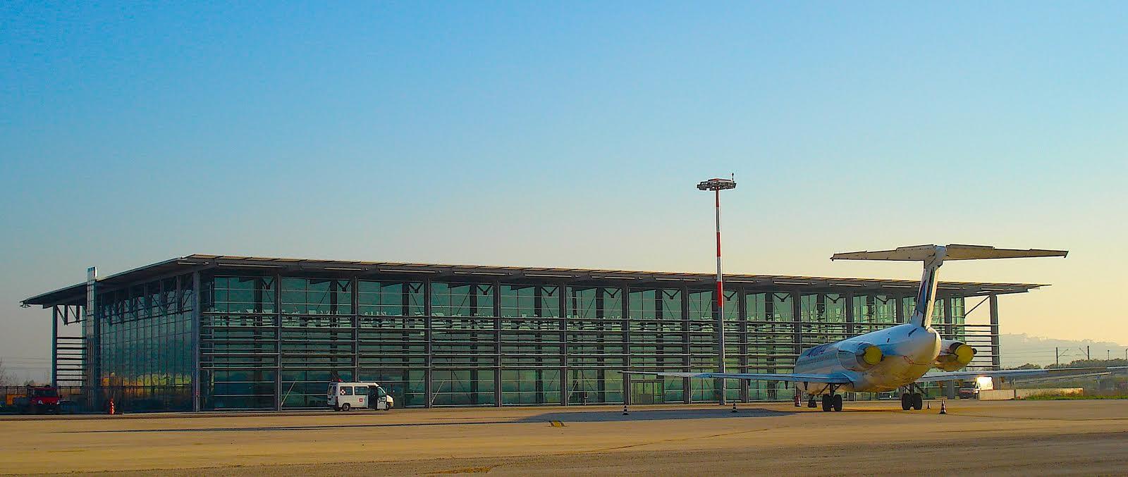 Aeroporto Sharm : Da ancona voli aerei per sharm e zara cronache maceratesi