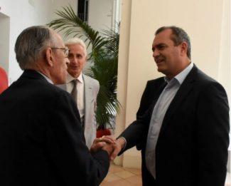 Mario Pianesi a Napoli  per parlare di etichetta trasparente,  De Magistris: Pieno appoggio?