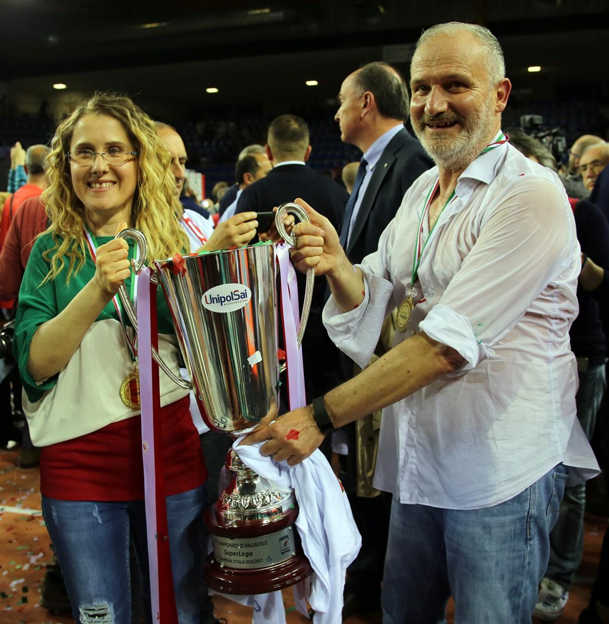 Simona Sileoni_Fabio Giulianelli_vittoria scudetto lube 2017_Foto LB