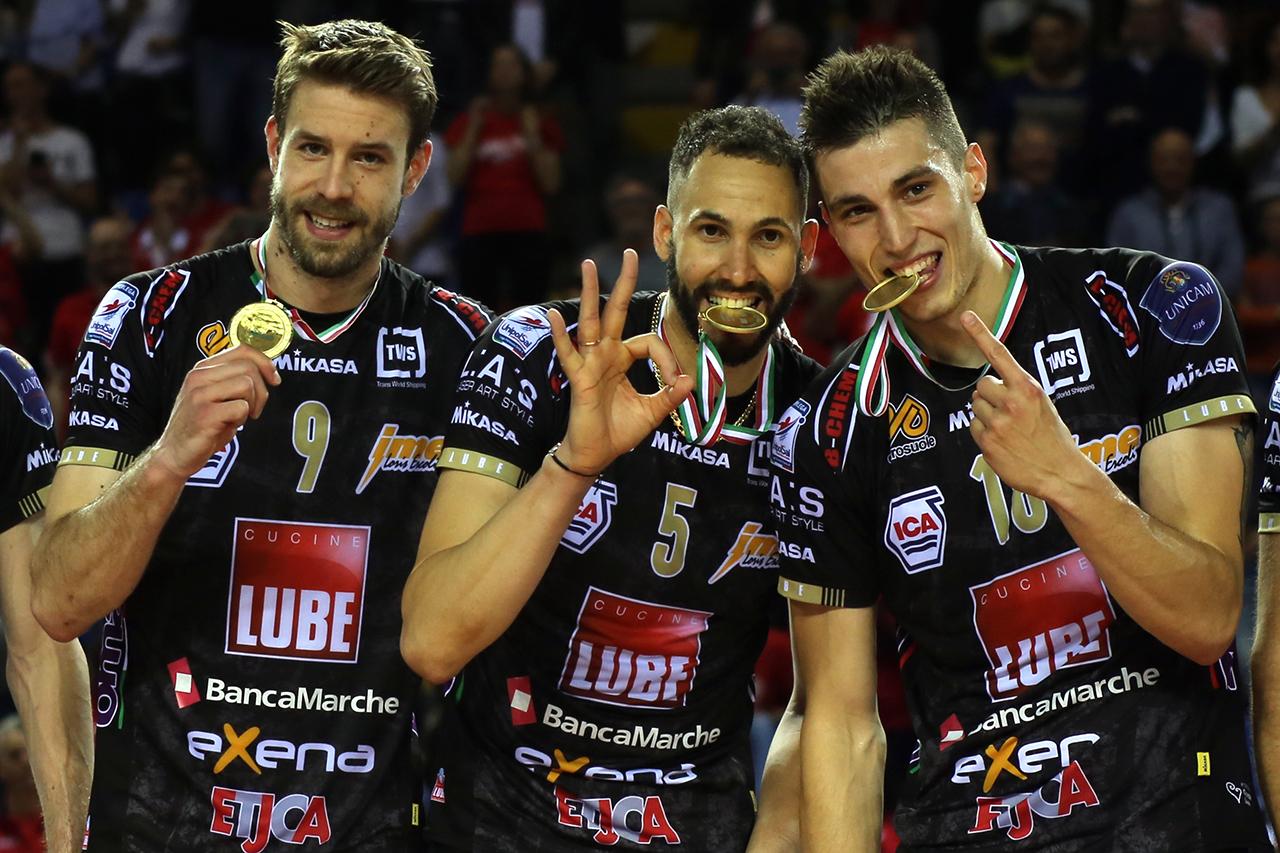 vittoria scudetto lube 2017_foto LB (10)