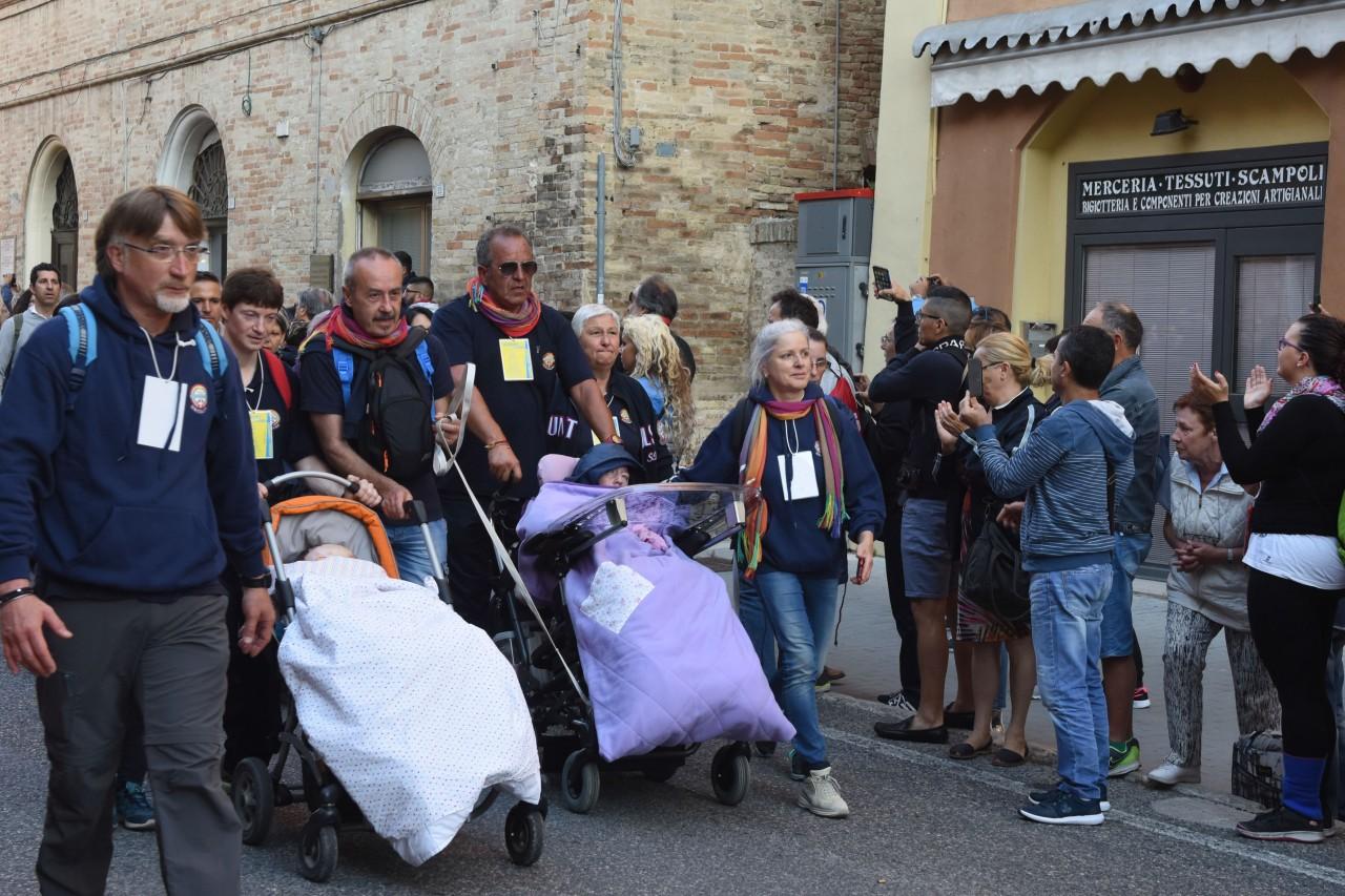 pellegrinaggio macerata - loreto - arrivo - FDM (4)