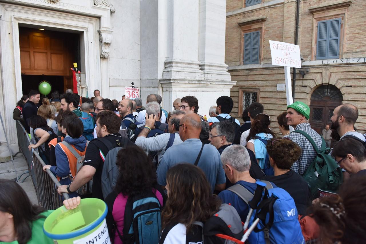 pellegrinaggio macerata - loreto - piazza - FDM (2)