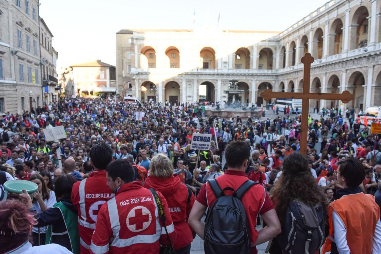 _pellegrinaggio macerata - loreto - piazza - FDM (3)