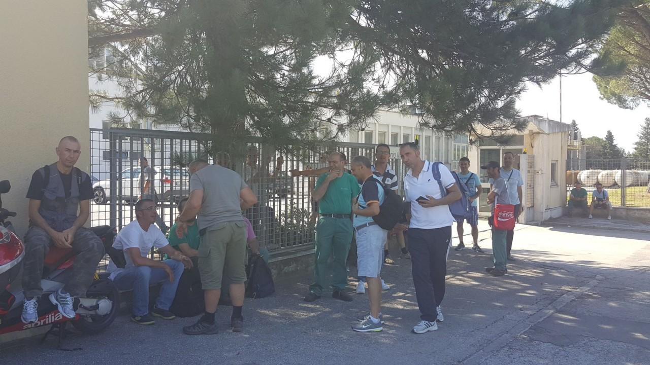Sciopero alla ghergo di matelica i sindacati chiedono il for Planimetrie della casetta con seminterrato di sciopero