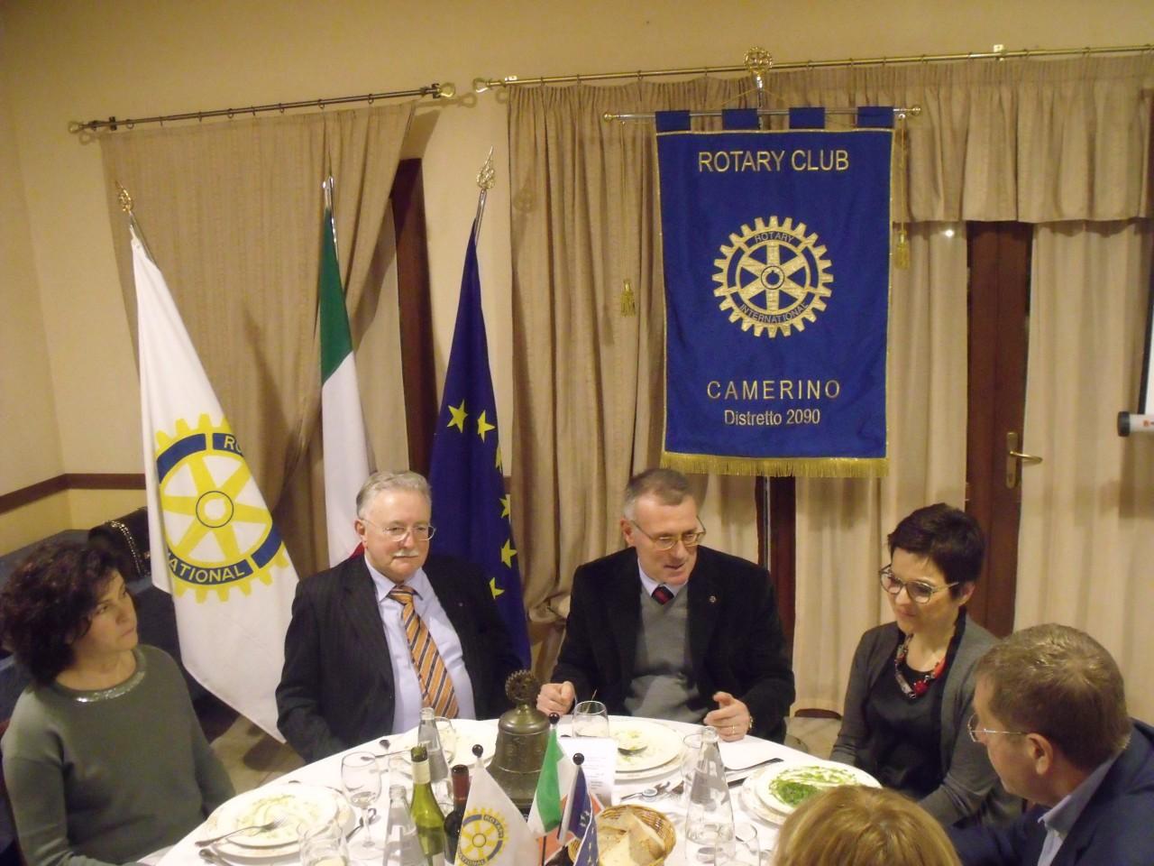 Rotary per gli anziani donata un asciugatrice cronache - Pierdominici casa ...