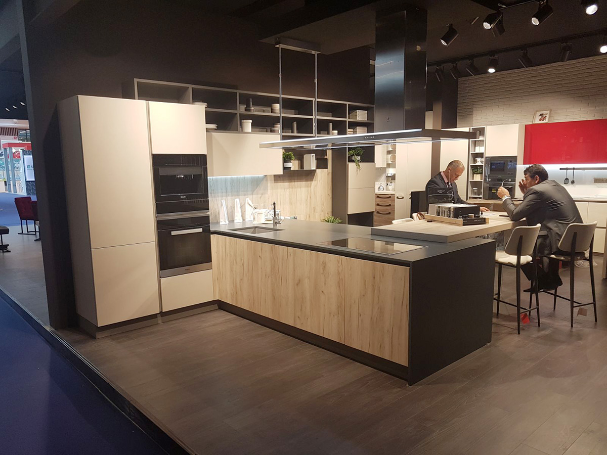 Il marchio Cucine Lube in vetrina alla Fiera di Parigi | Cronache ...