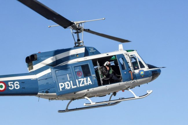 Controlli dal cielo con l'elicottero | Cronache Maceratesi