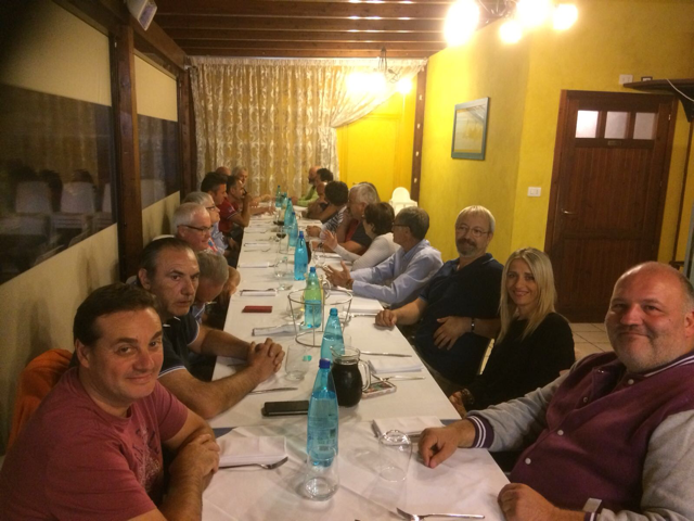I cattolici in politica si ritrovano a cena cronache - Tavolo matto porto potenza ...