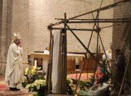 «Giuseppe in carcere, Maria in comunità <br> e Gesù bambino se ne va per protesta» <br> <span> L'omelia del vescovo ribelle </span>