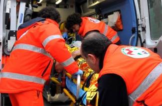 ambulanza-118-archivio-arkiv-325x213