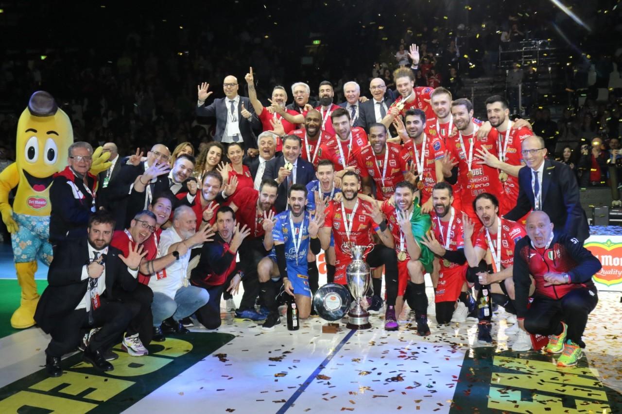 La Fipav chiude tutto: conclusi i campionati, scudetti non assegnati