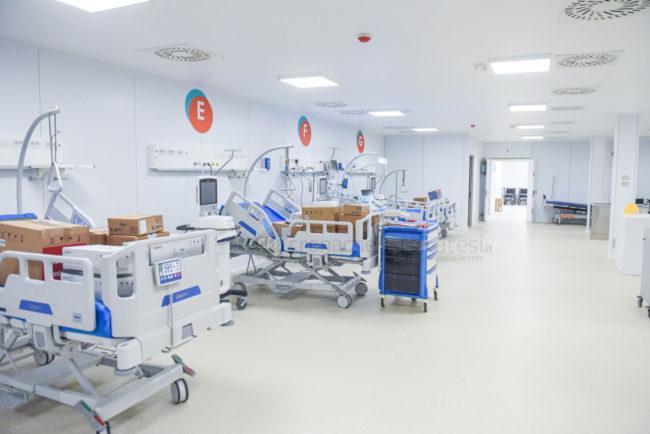 covid-hospital-nella-fiera-archivio-arkiv-civitanova-FDM-1-650x434