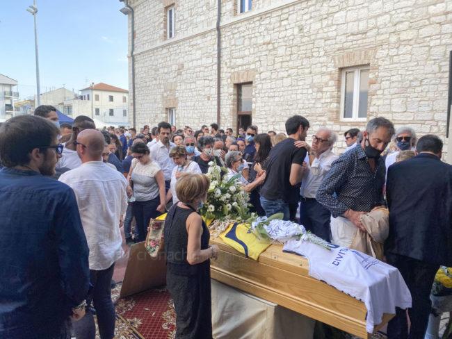 funerale-attilio-pierini-oratorio-salesiano-porto-recanati-13-650x488