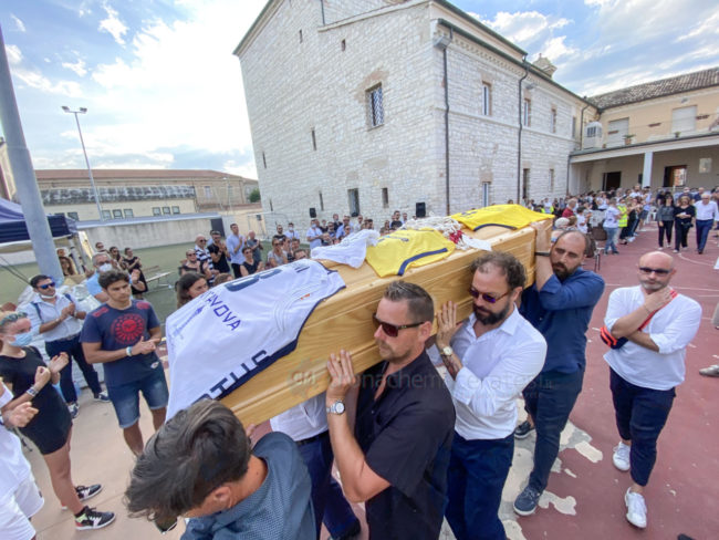 funerale-attilio-pierini-oratorio-salesiano-porto-recanati-17-650x488