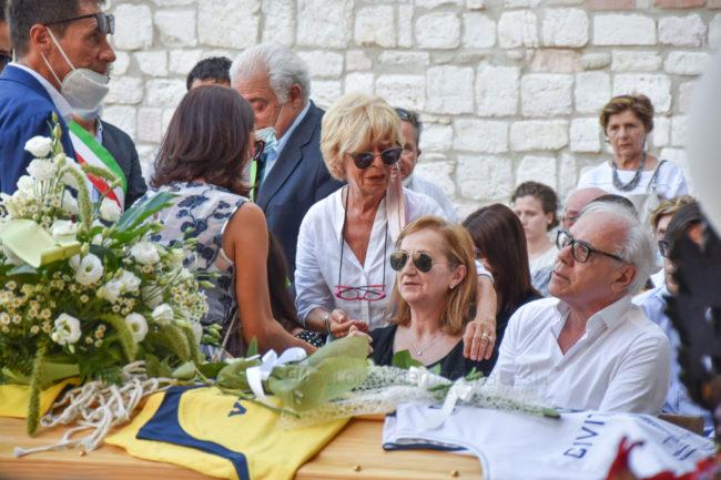 funerale-attilio-pierini-oratorio-salesiano-porto-recanati-4-650x433