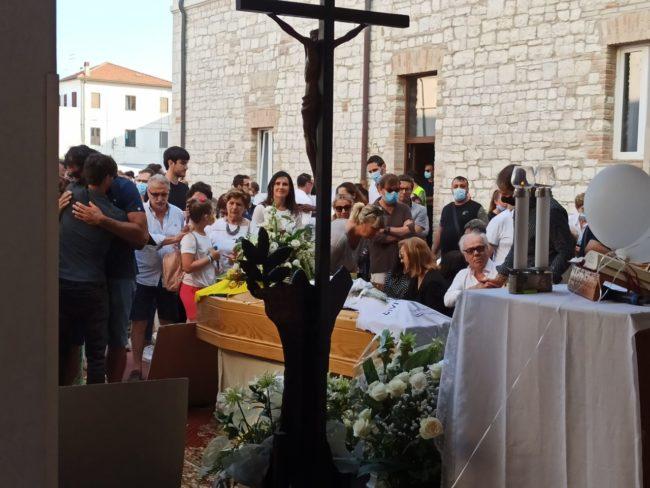 funerale-pierini7-650x488
