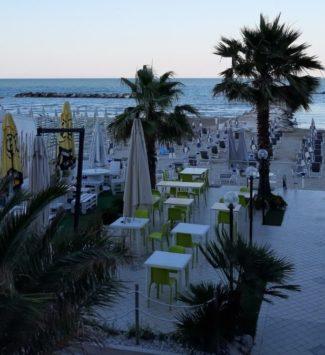 bonus-vacanza-grottammare-2-e1594292368601-325x355