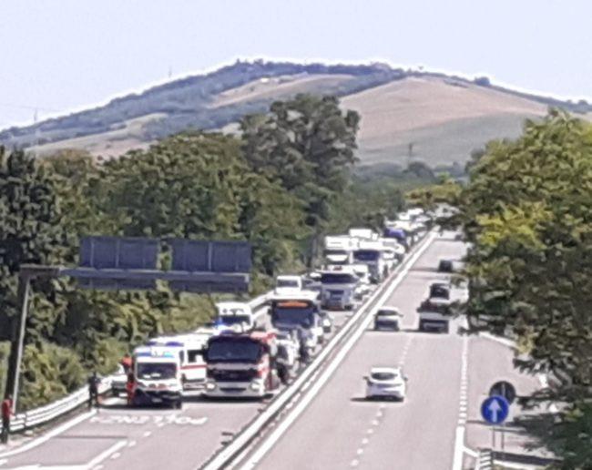 incidente-superstrada1-650x516