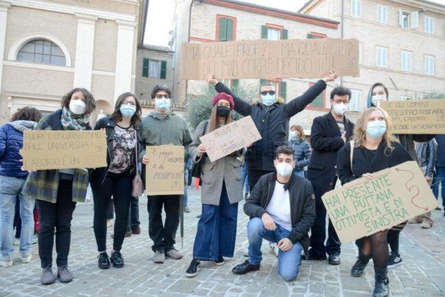 Manifestazione_Aborto_FF-22-650x434