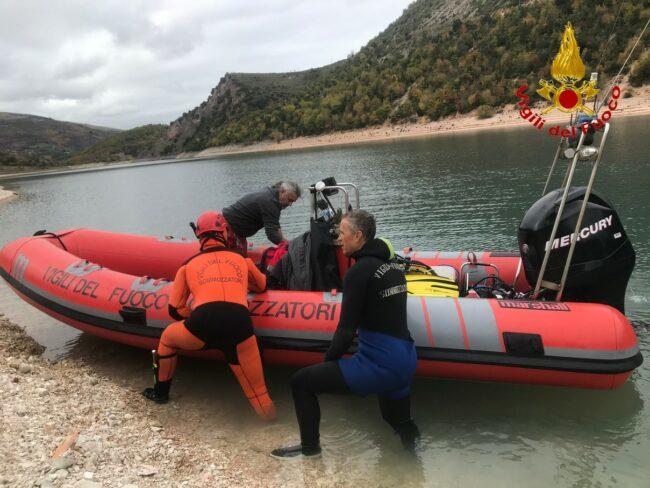 vigili-del-fuoco-recupero-lago-di-fiastra-1-650x488