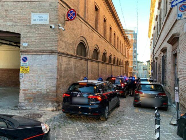 arresti-spaccio-macerata3_censored-650x488