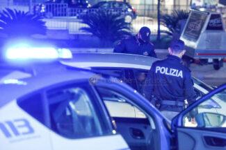 controlli-polizia-coprifuoco-statale-adriatica-civitanova-FDM-4-325x217