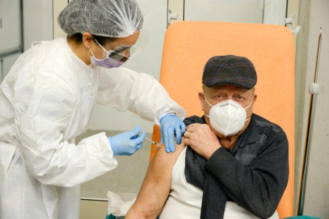 Vaccinazioni_Over80_FF-26-650x433