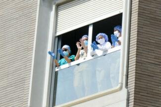 CoronaVirus_OmaggioAutorita_Ospedale_FF-20-650x434-1-325x217