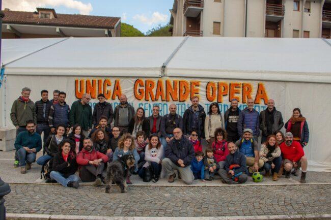 foto-di-gruppo-Itaca-Monti-Sibillini-2019-1-650x433