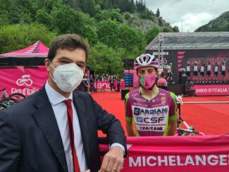 Giro-1-325x244