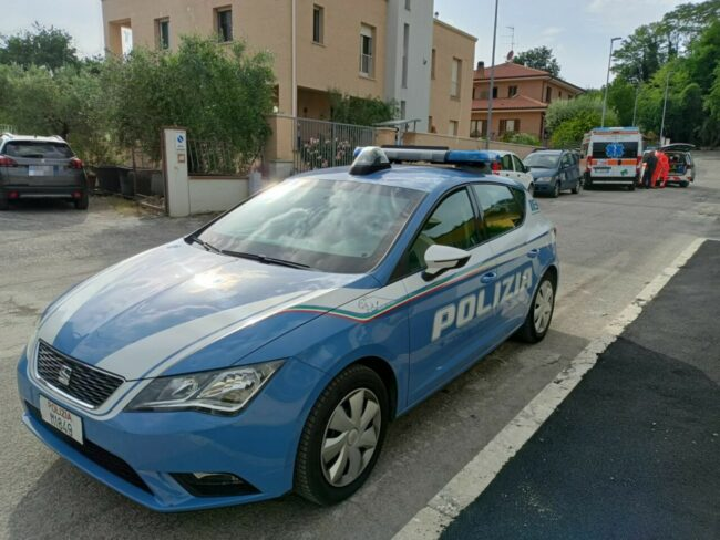 polizia-via-arno