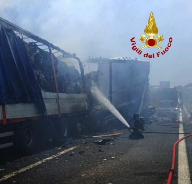 a14-morti-camionisti-650x623