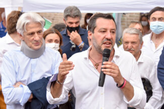 Salvini_FF-2-325x217