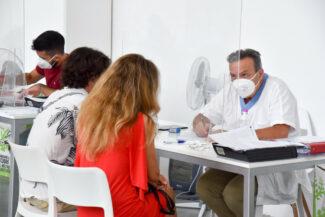 Vaccini_CentroVaccinazioni_Piediripa_FF-5-325x217